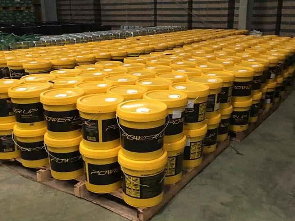 Dầu cắt gọt kim loại, dầu gia công kim loại, hàng nhập khẩu cao cấp.